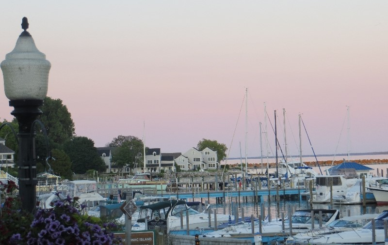 Pink sky at sunset closes our perfect day at Mackinac Harbor
