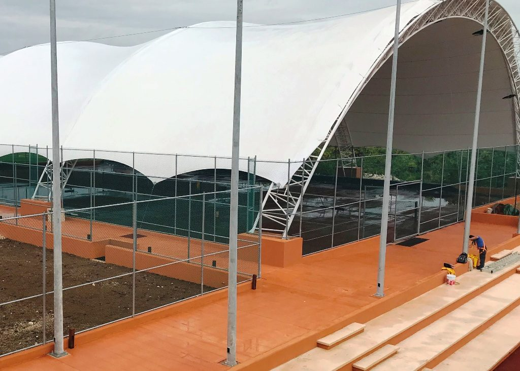 Rafa Nadal Tennis Centre has 8 clay tennis courts