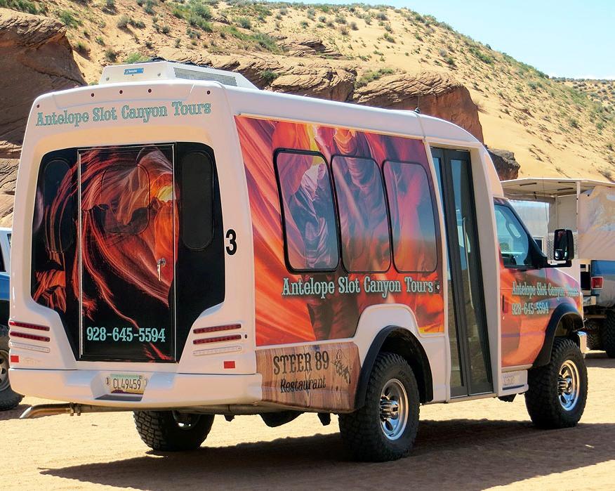 Tour Guides, Antelope Slot Canyon Tours