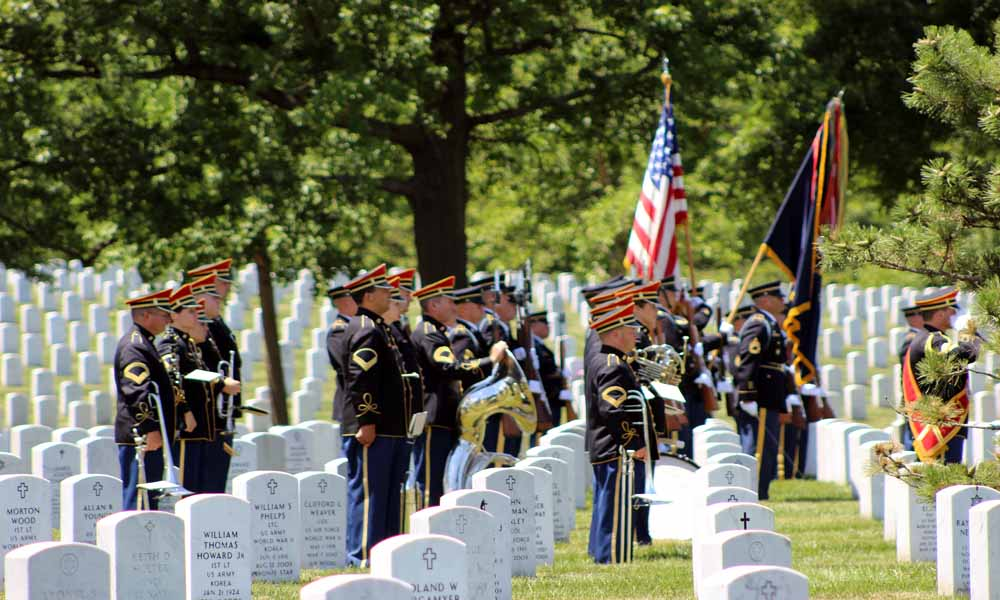 Army band prepares for the funeral ceremony